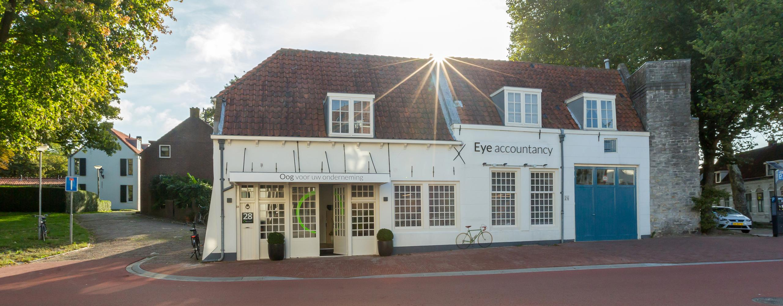 Eye accountancy